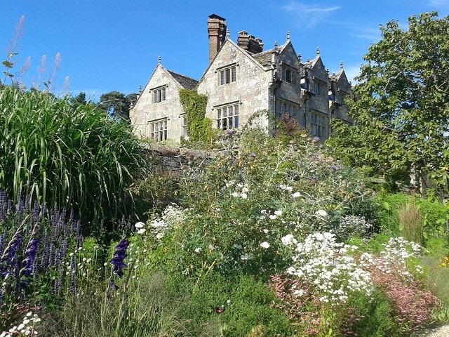 Graveytye Manor