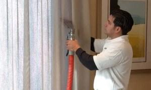 نصائح لتنظيف الستائر