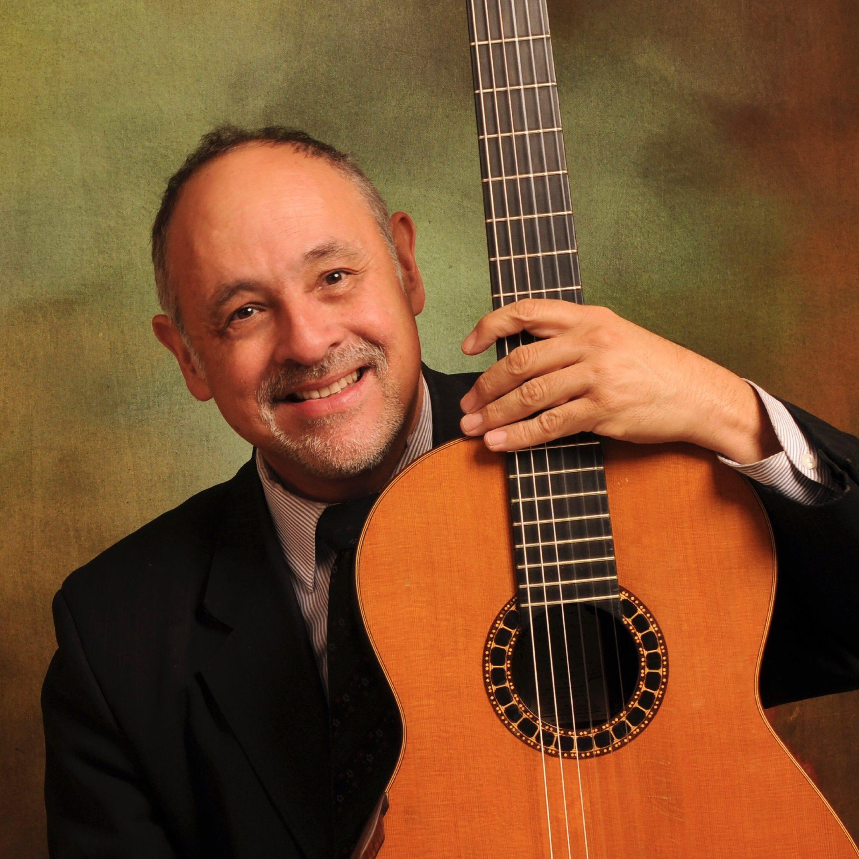 """La Orquesta de Cámara de Zapopan acompañada deJosé Guadalupe López Luévano presenta el recital """"Pequeños prodigios"""" / Centro Cultural Constitución"""
