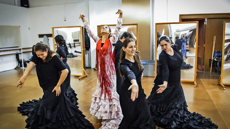El Estudio Pilar Villasante celebra 30 años de vida con El Adefesio / Teatro Alarife