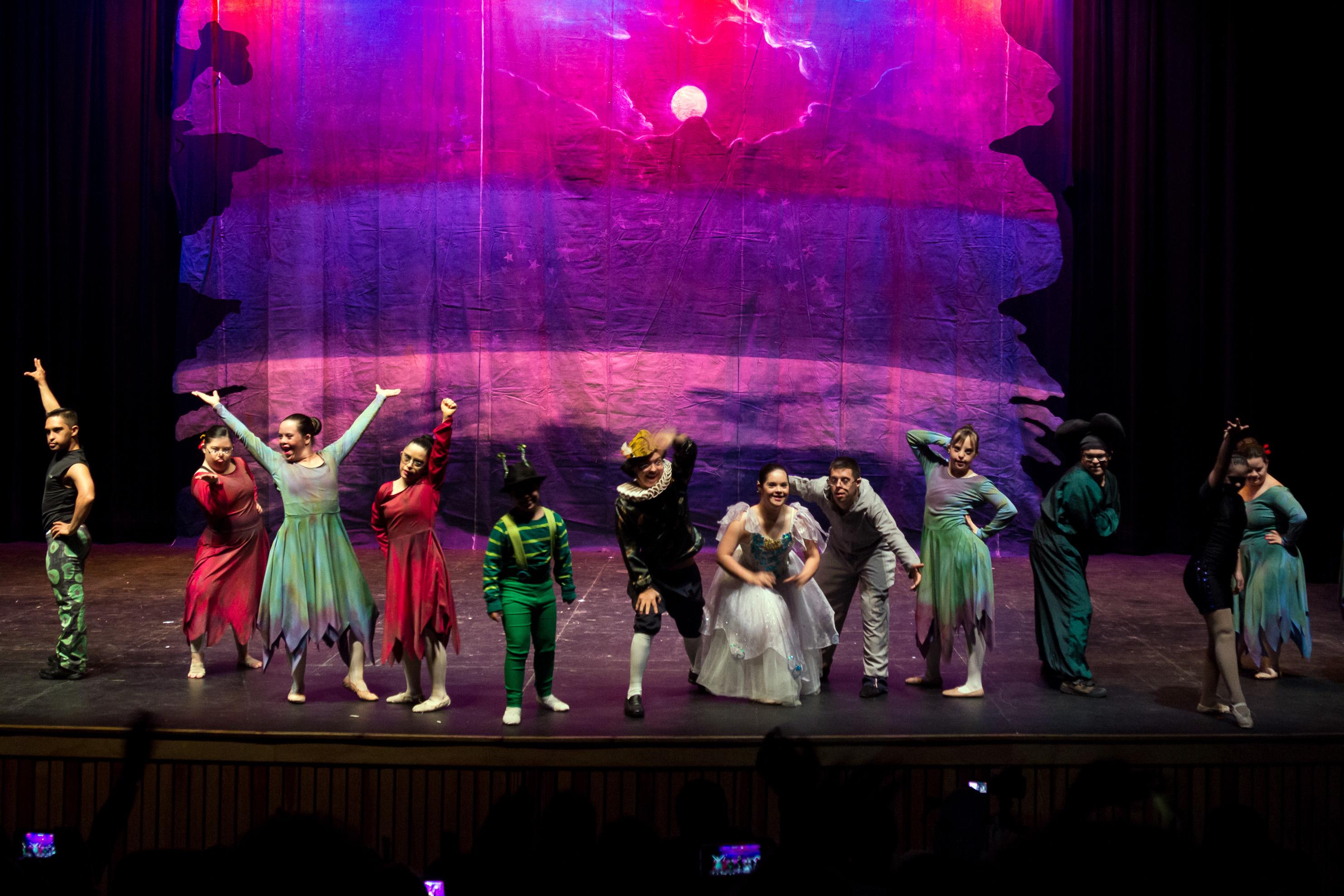 Presenta SC ciclo de Danza Incluyente en los Jueves de Danza / Teatro Alarife