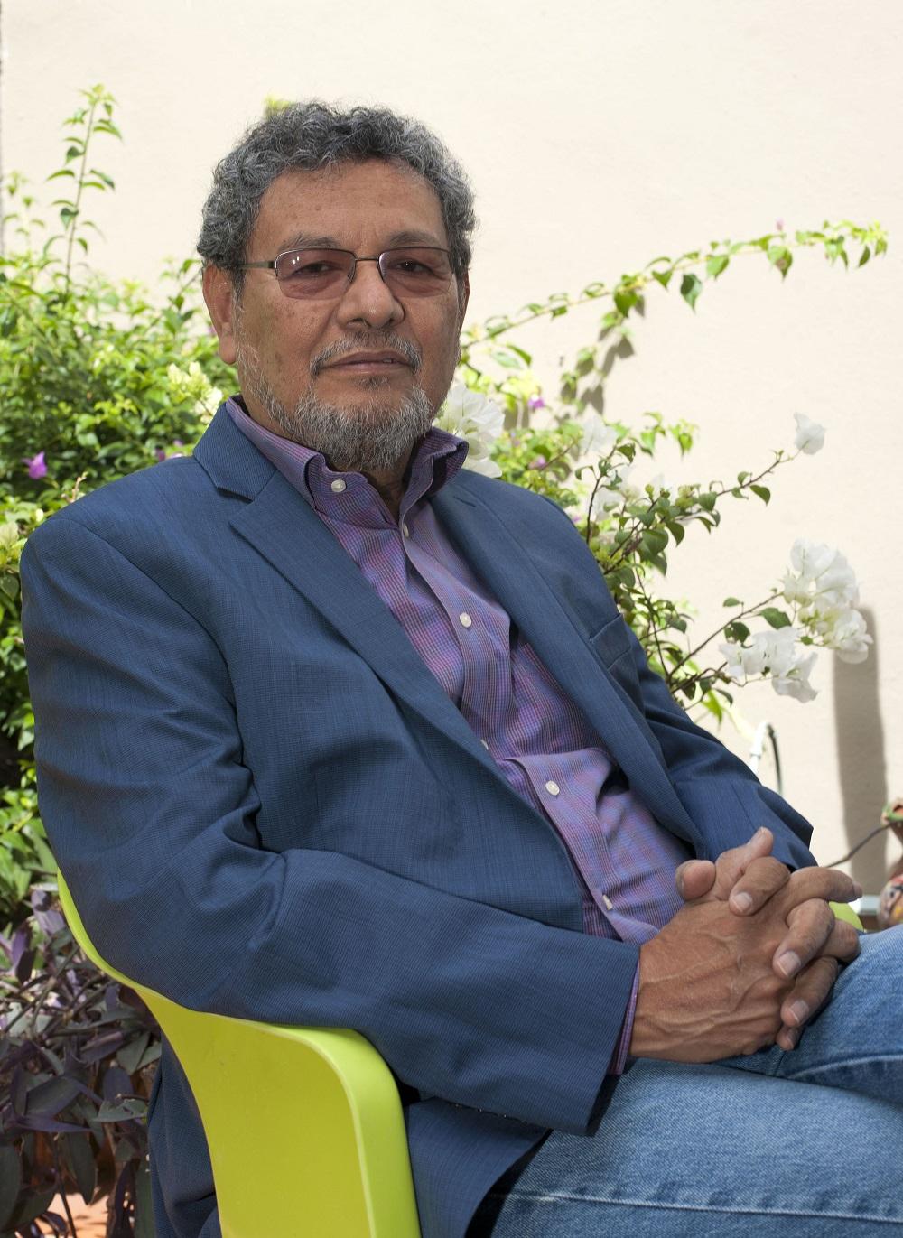 Impartirá Elmer Mendoza taller de elaboración de novela / Centro Municipal de la Cultura de Zapopan.