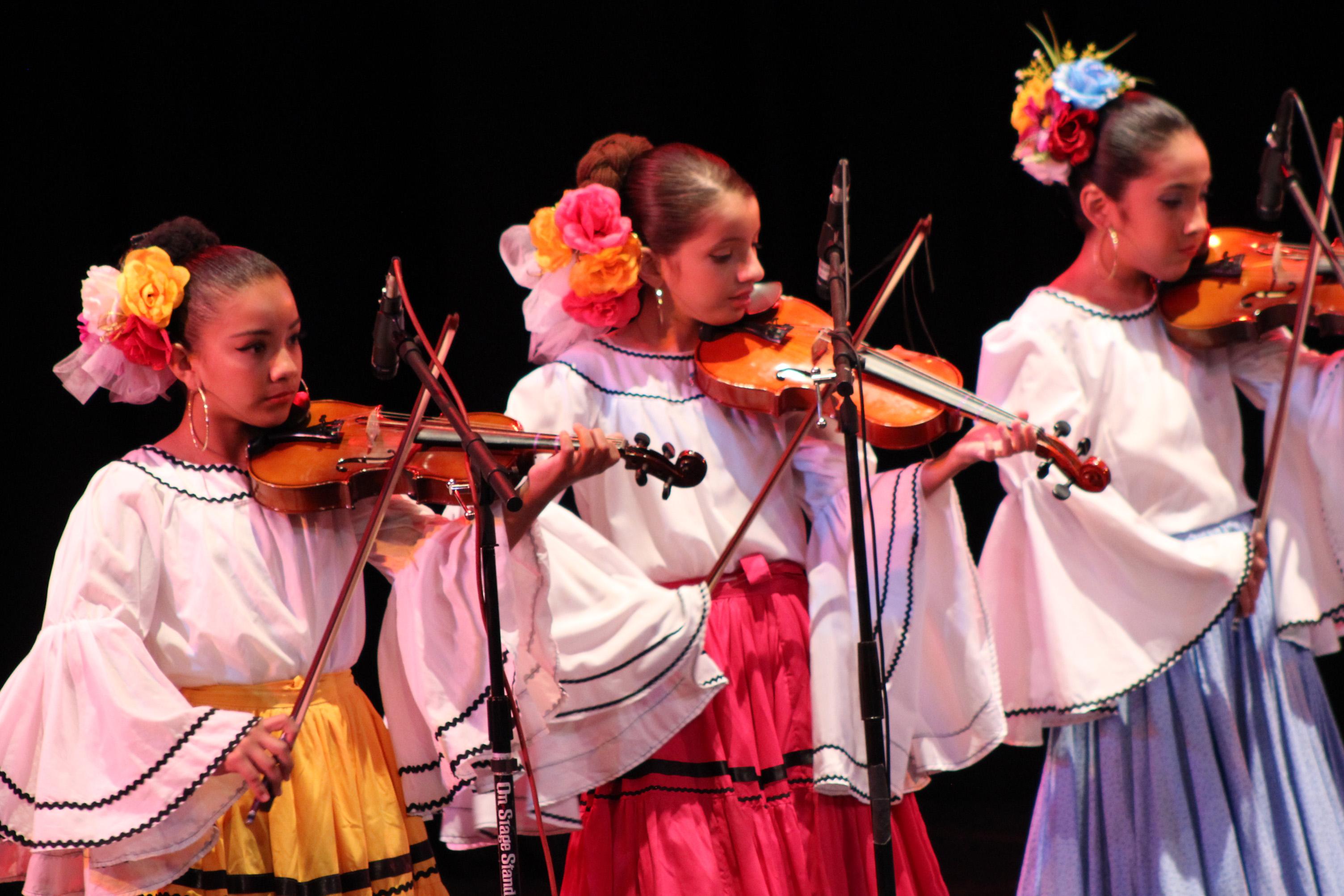 Comenzó al ritmo de los mariachis infantiles el XVII Encuentro Nacional de Mariachi Tradicional