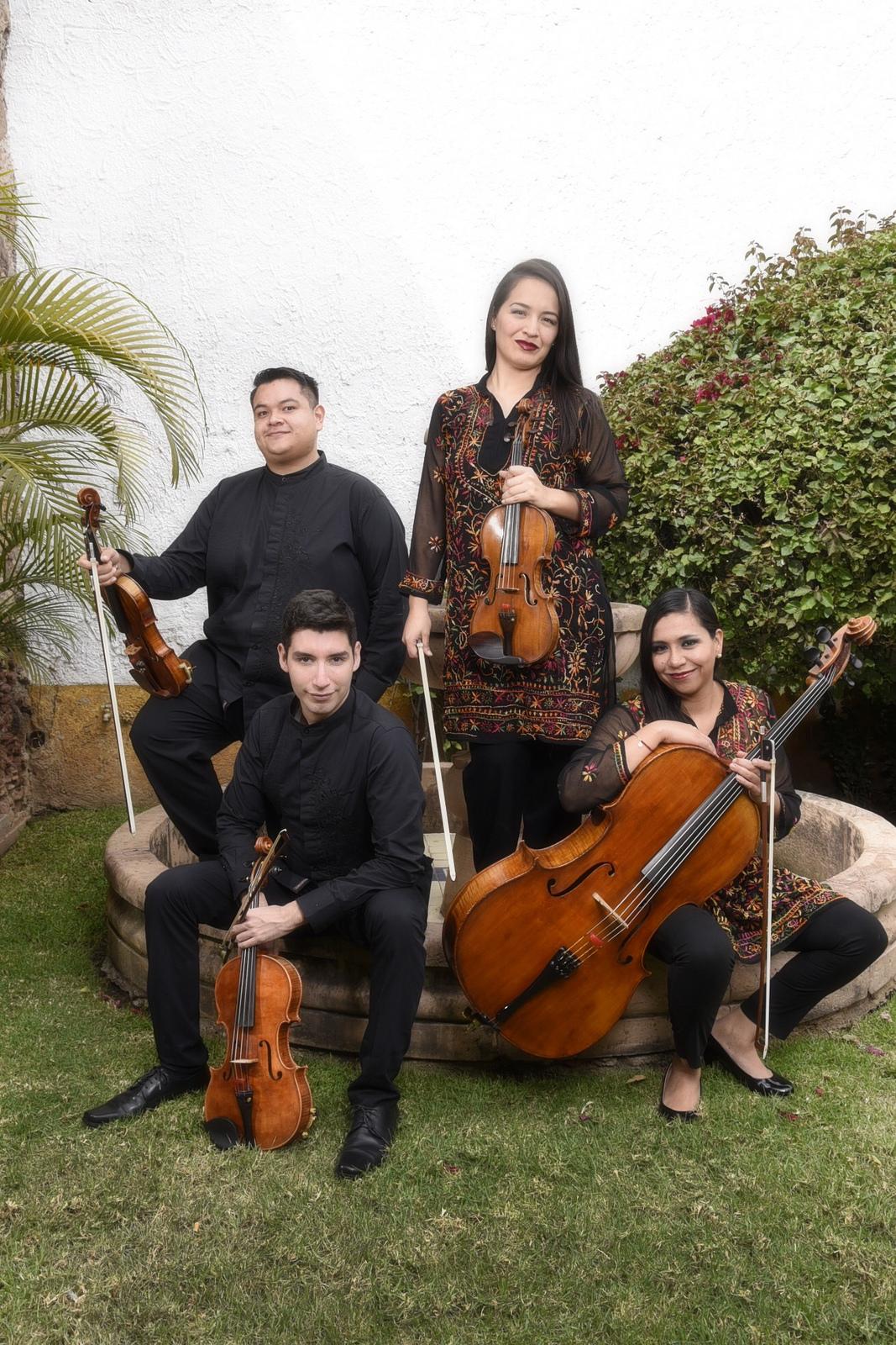 """Interpretan """"Concierto de ensambles"""" músicos de la Orquesta Sinfónica Juvenil de Zapopan"""