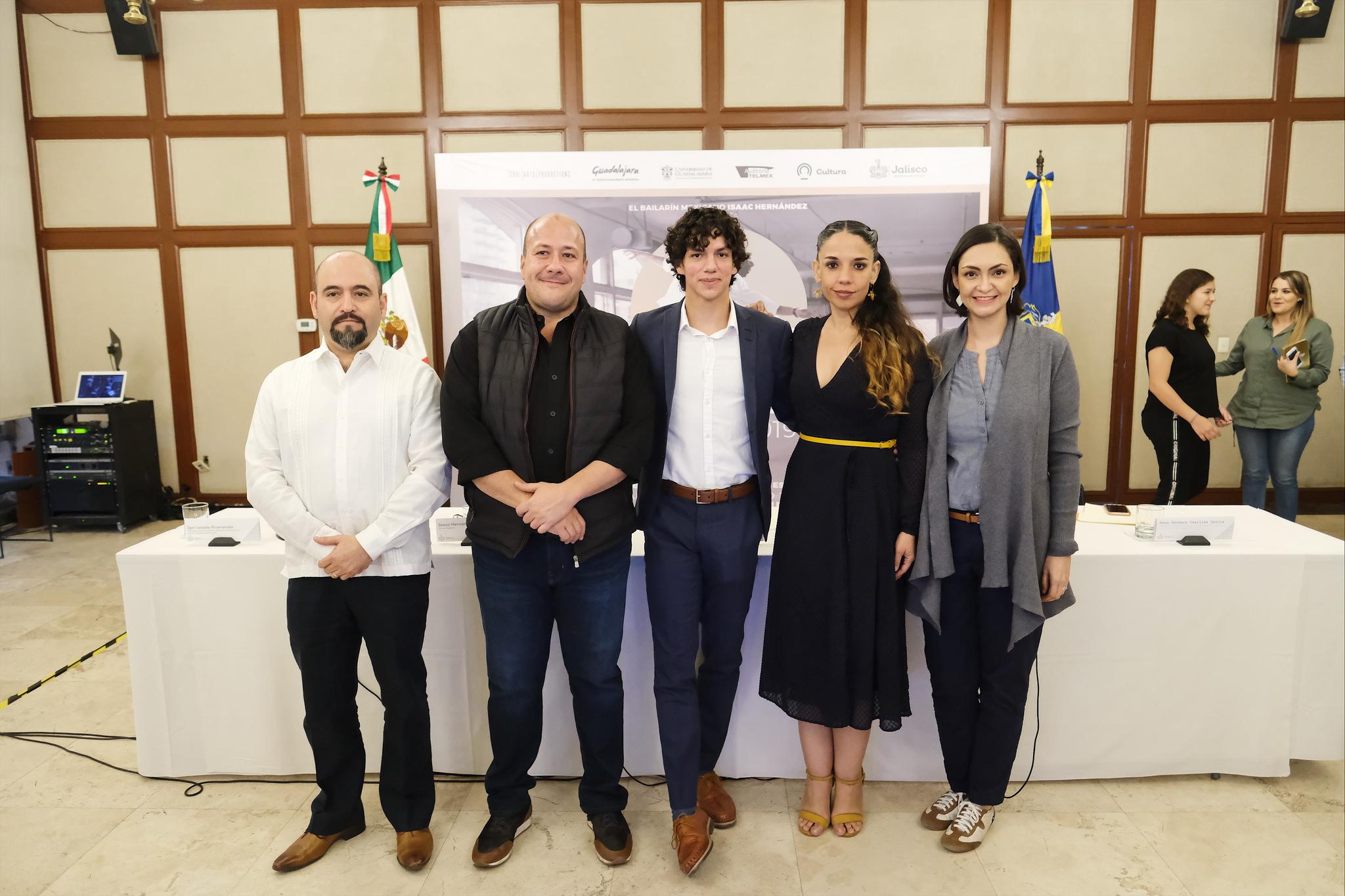 Impulsar las industrias creativas para una refundación cultural: Enrique Alfaro