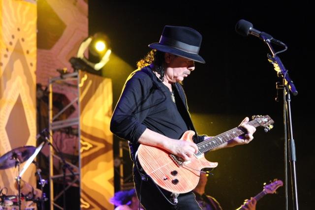 Carlos Santana, Global Consciousness Tour y nueva música