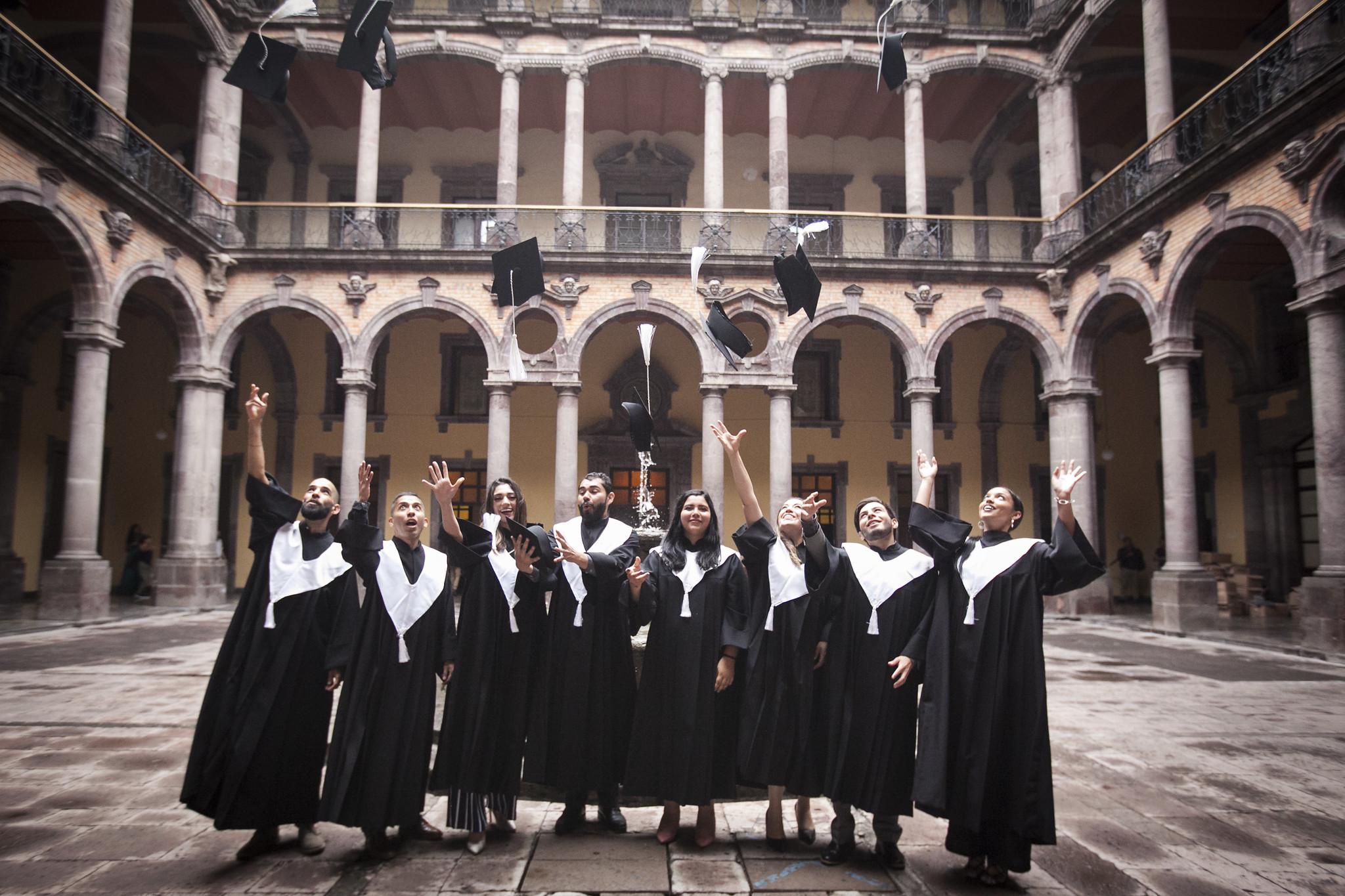 Egresa primera generación del nuevo plan de estudios de la Licenciatura en Artes de la SC