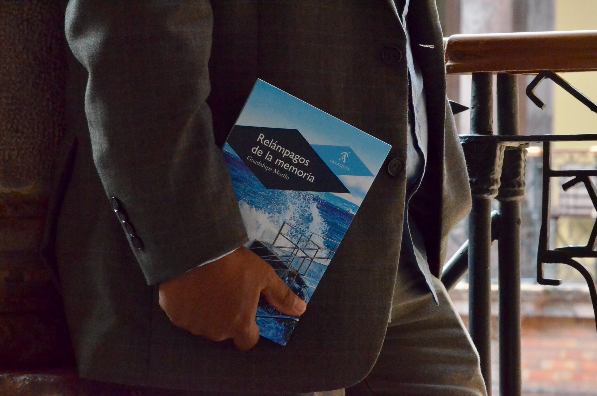 Ediciones Arlequín presenta una muestra de su catálogo en El Guardagujas