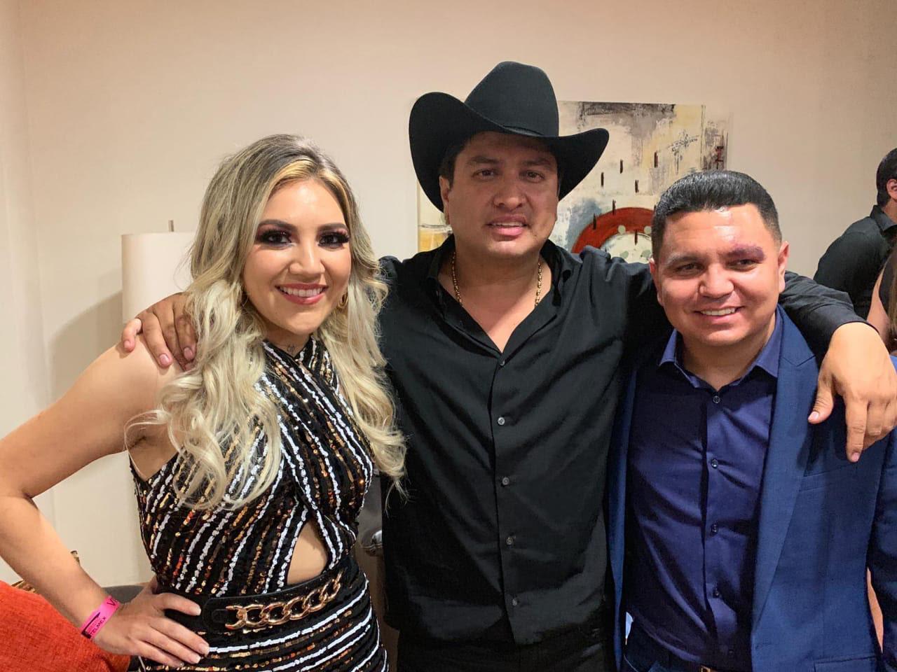 Marián Oviedo invitada especial de Julión Álvarez y su Norteño Banda en el Auditorio Telmex