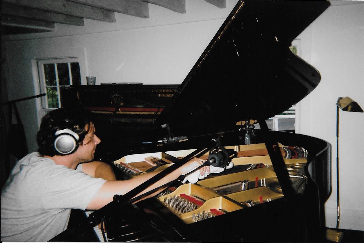 Benny Gebert (HAERTS) presenta su álbum de piano: Triptych