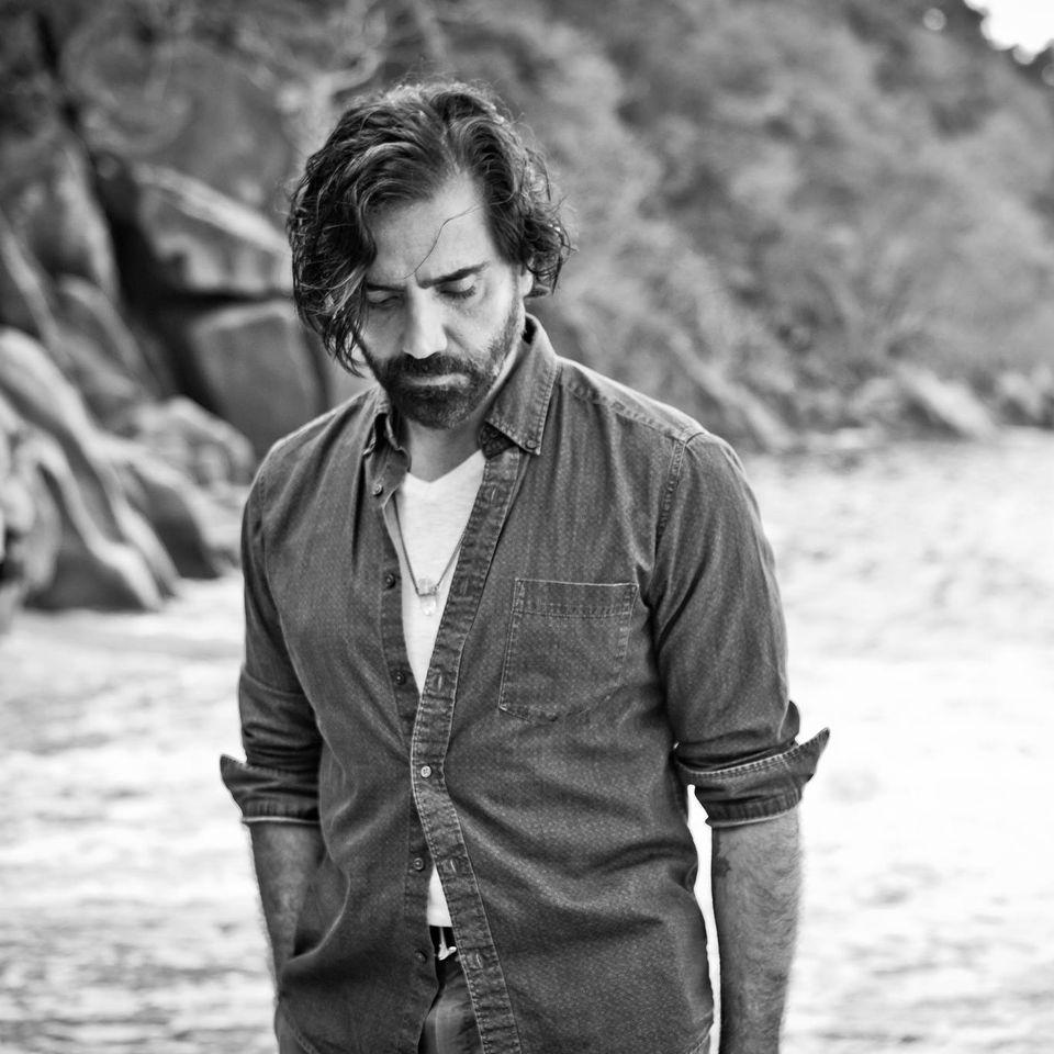 """Alejandro Fernández presenta """"América a una sola voz"""" bajo el concepto  IRREPETIBLE – Alafuga"""