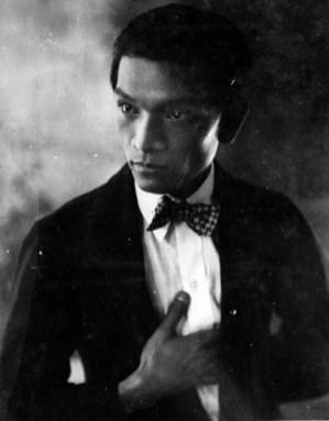 1b - Luis Chan par Peter Long, vers 1940