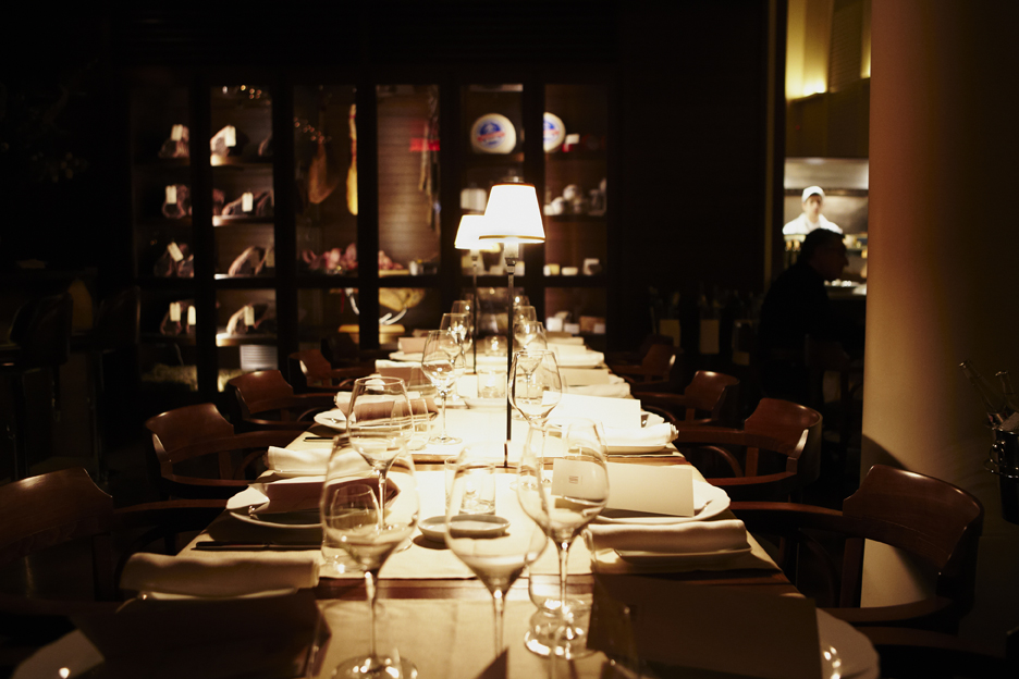 Restaurant CAVA  Alain Carle Architecte