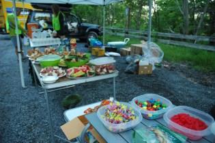 Una mesa de comida