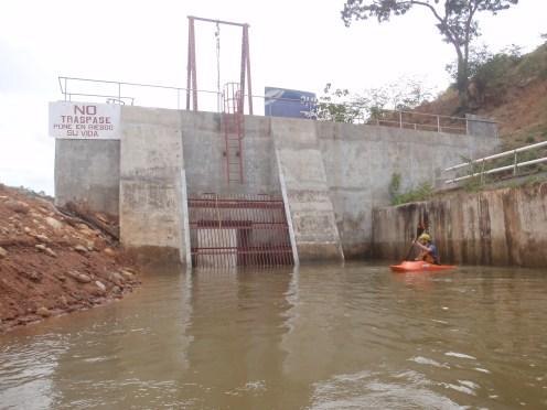 Mini-hidro en el Río Grande
