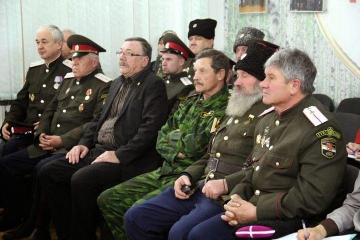 Орус казактарында кыргыз каны кайдан жүрөт?