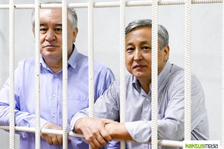 Сот Текебаев, Чотонов жана адвокаттар жок өкүм чыгарган