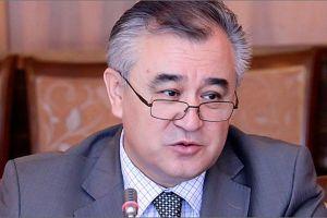 Өмүрбек Текебаев журналисттерди майрамы менен куттуктайт (ВИДЕО)