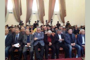 КАК: «Атамбаевге тезинен кылмыш ишин козгоону башкы прокурордон талап кылабыз!»