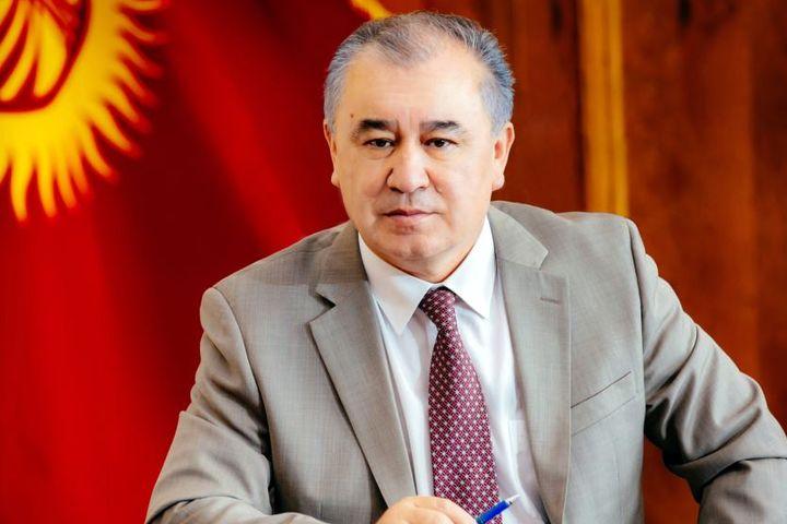 """Өмүрбек ТЕКЕБАЕВ: """"Батукаев Атамбаевдин көрсөтмөсү менен түрмөдөн бошотулган"""" (эки ВИДЕО)"""