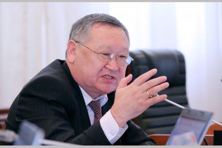 """Каныбек ОСМОНАЛИЕВ: """"Билим берүү министри болуп иштөө — тайраңдап доор сүрүү эмес"""""""