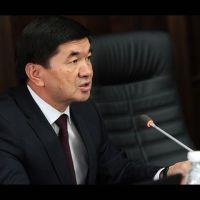 Экс-премьер-министр Мухаммедкалый Абылгазиев камалды