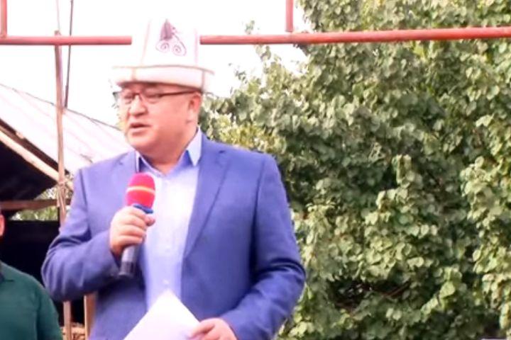 ВИДЕО: Өмүрбек Текебаевге арналган эки ыр обону, клиби менен жарык көрдү