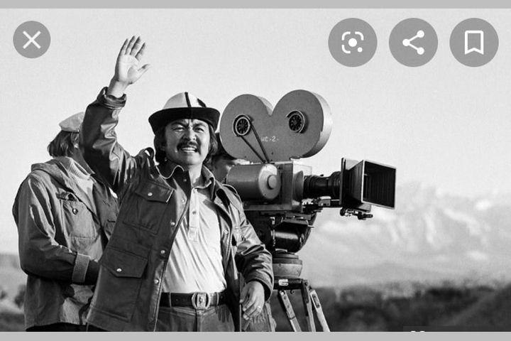 Залкар кинорежиссер Болот Шамшиев бүгүн эскерилет. Каалоочуларга эшик ачык…