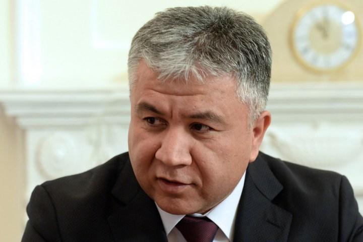 Тажикстандын Кыргызстандагы элчиси Сухроб Олимзода кызматынан чек ара маселеси үчүн четтетилдиби?