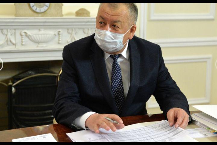 Кубатбек Боронов өзгөчө кырдаал жана абал режимин узартууну президентке сунуштады. А сиз узартууга макулсузбу?