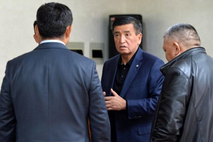 Президент Куралдуу күчтөрдүн Башкы штабына барып, тапшырма берди