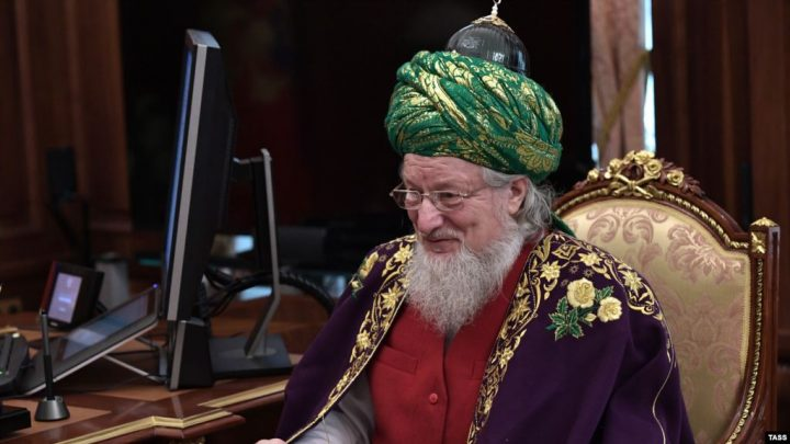 Орусиянын Жогорку муфтийи шылдыӊ карикатураларды «болбогон нерсе» деп атады