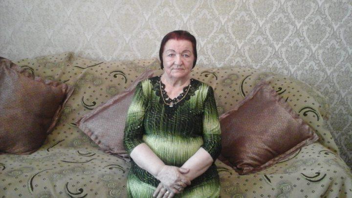 ВИДЕО — Айтылуу Ашыралы Айталиевдин байбичеси президентке кайрылды. Кыргыз элим, үн кошолу!
