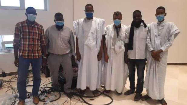 وزير الثقافة مع الفريق الإعلامي التابع لقناة الموريتانية