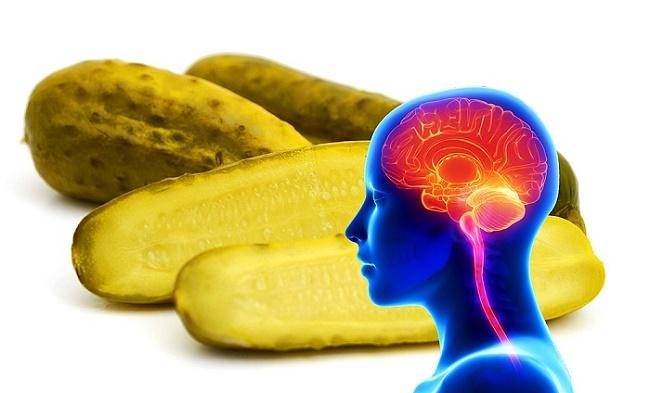 ماذا سيحدث لعقلك إذا تناولت قطعة مخلل واحدة باليوم