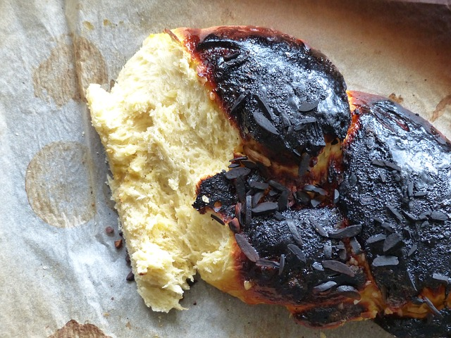 أضرار الآكل المحترق