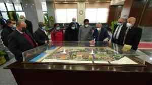 رئيس الأكاديمية العربية للنقل البحرى يستقبل وفدًا من جامعة كينيا