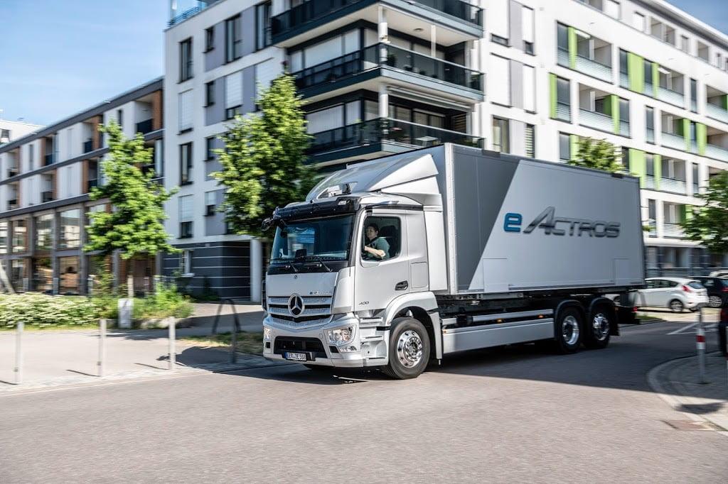 Truk terbaru untuk era baru: Mercedes-Benz eActros diluncurkan secara perdana di tengah tahun