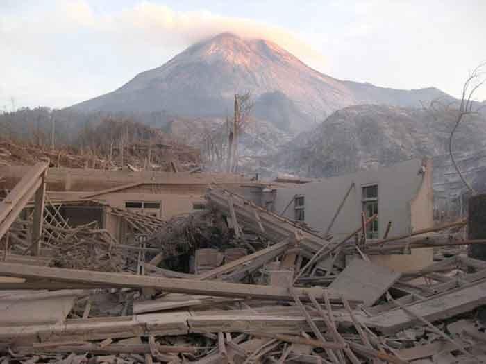 Gunung Meletus  Alamendahs Blog