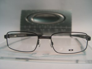 Oakley Twin Shock