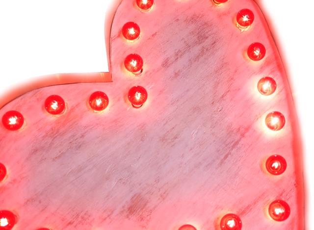 DIY marquee heart light