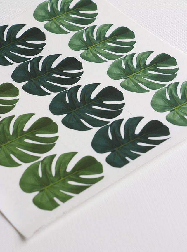 Wallpaper Cakes DIY