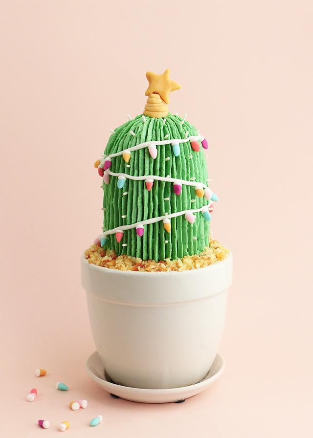 Holiday Cactus Cake