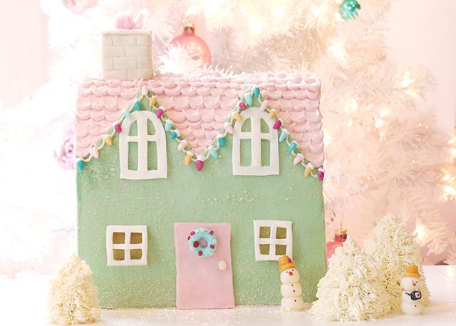 Putz House Cake-wide