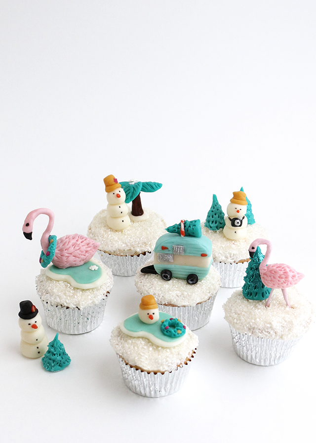 Tropical Holiday Snow Globe Cupcakes