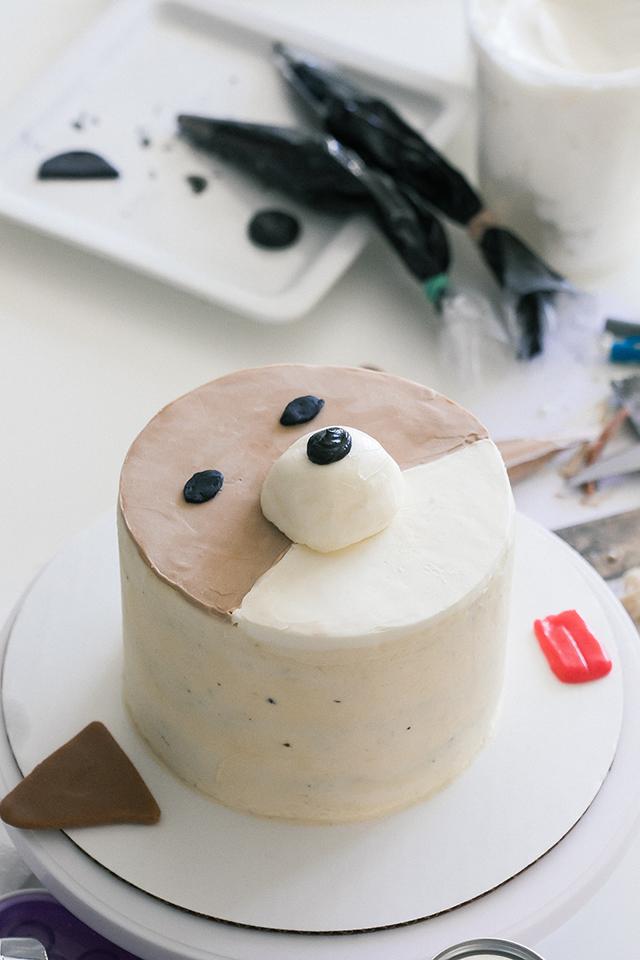 How to Make a Corgi and a Pug Cake