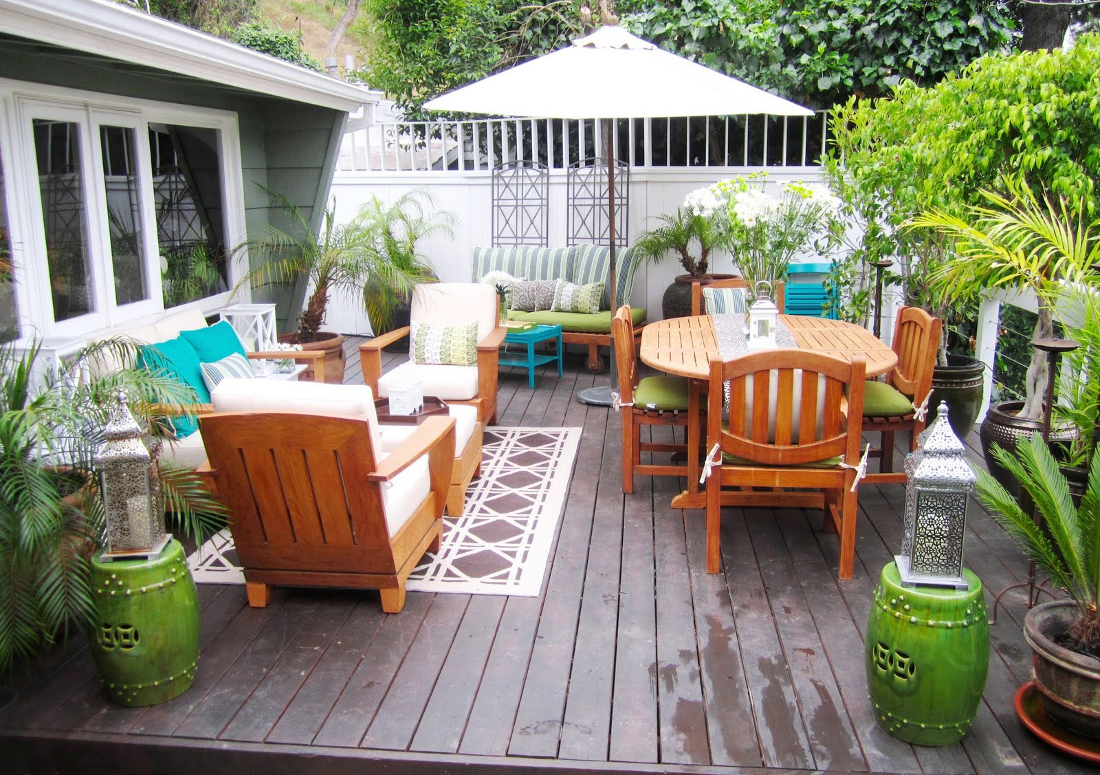 How to Create a Beautiful Outdoor Living Room  Alan And Heather Davis