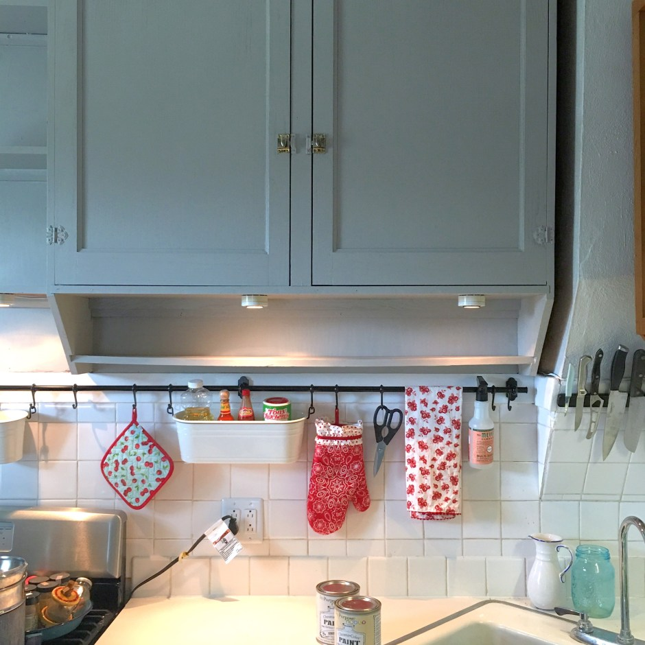 painted farmhouse kitchen cabinets