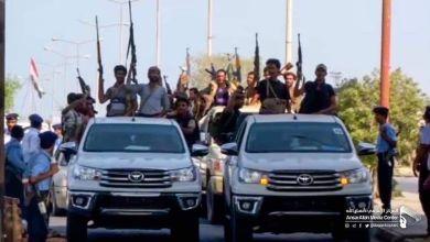 Photo of الإرياني : إقامة الميليشيات عرضاً عسكرياً في الحديدة تهديد إيراني للملاحة الدولية