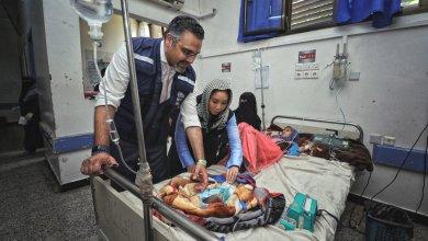 Photo of الصحة العالمية تقدم 118 جهاز غسيل لإنقاذ حياة 5200 مريض بالفشل الكلوي في اليمن